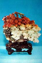工艺美术—寿山石雕《花果篮》